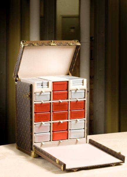 La boite Croix-Rouge par Louis Vuitton