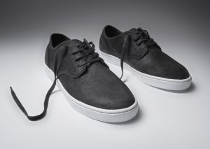 Kr3w Grant Low Black Suede