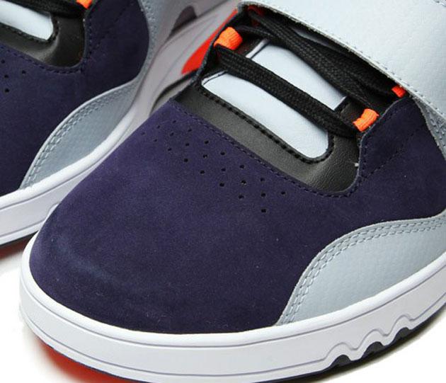 Adidas-Roundhouse-2010-Orange