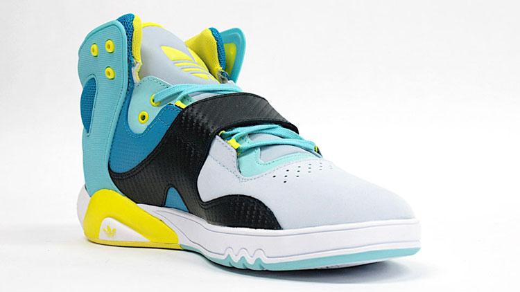 Adidas-Roundhouse-2010-blue-yellow