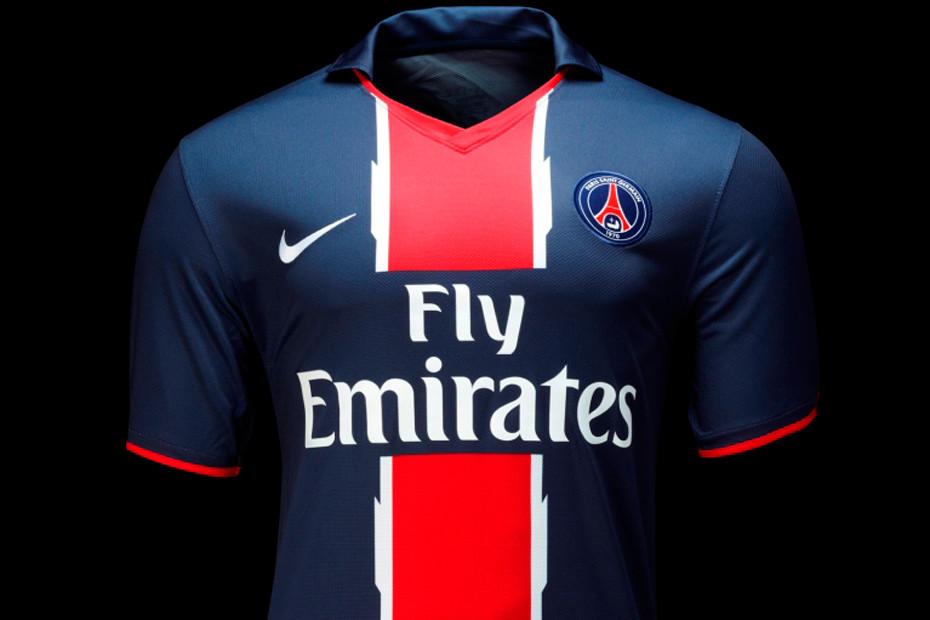 maillot PSG saison 2010 2011