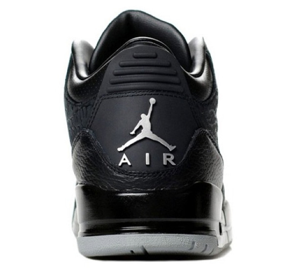 Air Jordan III Retro Black Flip