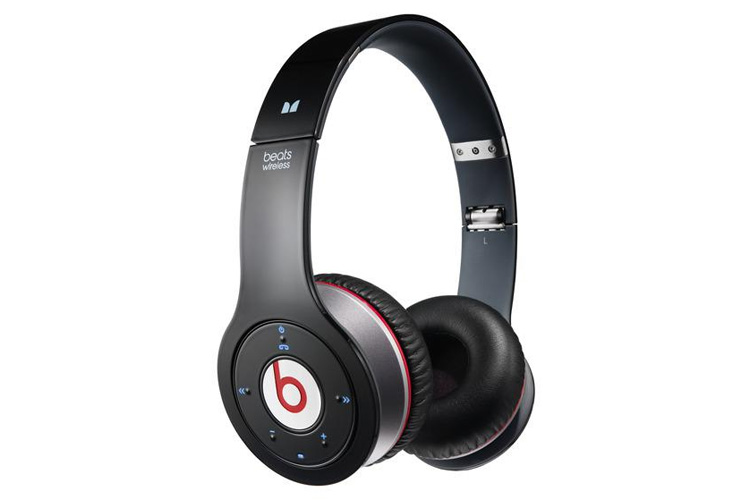 beats by dr dre beats solo wireless high definition stereo. Black Bedroom Furniture Sets. Home Design Ideas