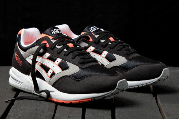 ASICS Gel Saga (Orange Blaze)-1