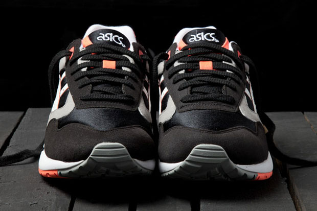 ASICS Gel Saga (Orange Blaze)-3