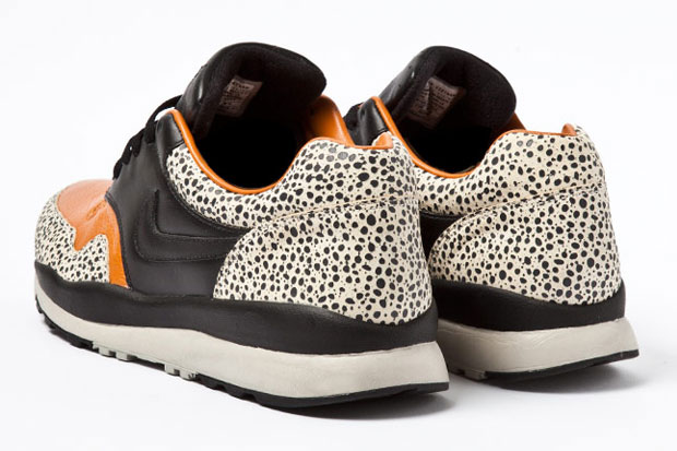 Nike Air Safari Retro 2012