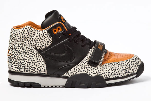 Nike Air Trainer Safari 2012
