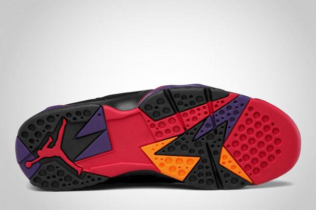 Air Jordan VII Raptors Retro 2012