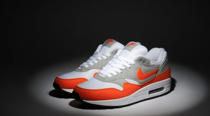 size? x Nike iD Air Max 1 (Orange)