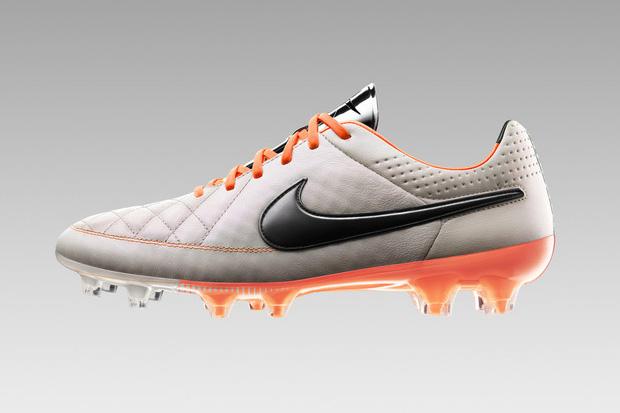 Crampons Nike Tiempo Legend V