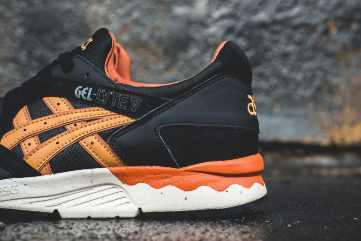 ASICS Gel Lyte V 'Vegan' (BlackTan)-2