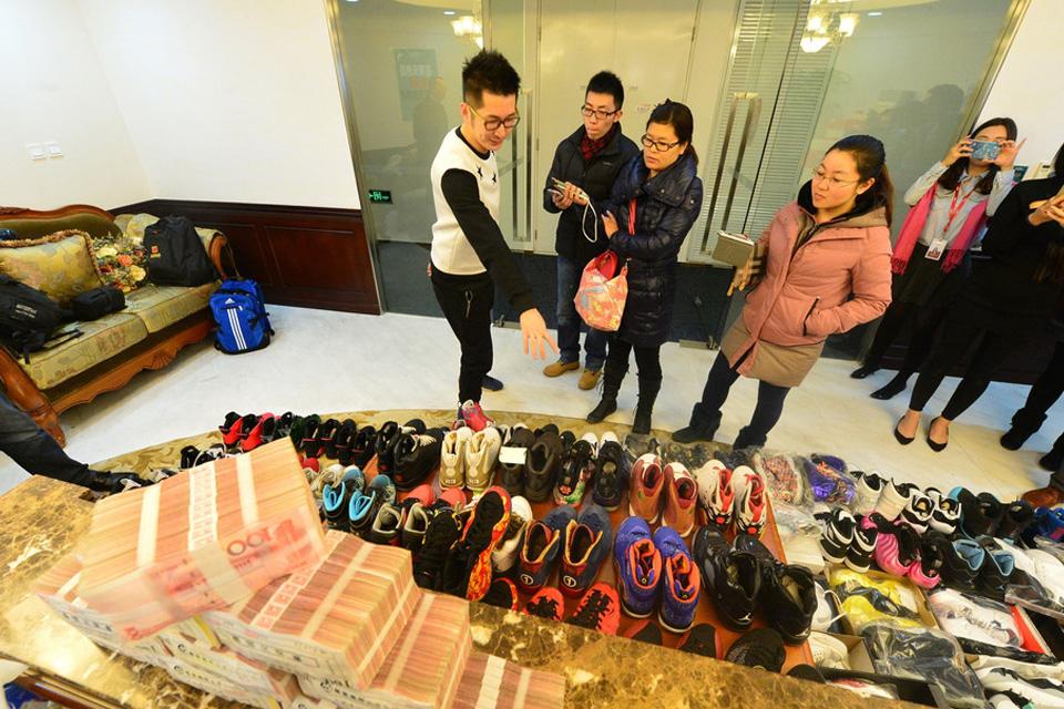 Un Chinois vend 283 paires de Air Jordan-3
