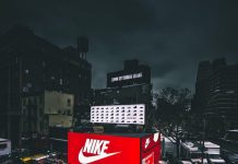Nike Pop-up SHOE Box Store Mercedes Benz Fashion Week