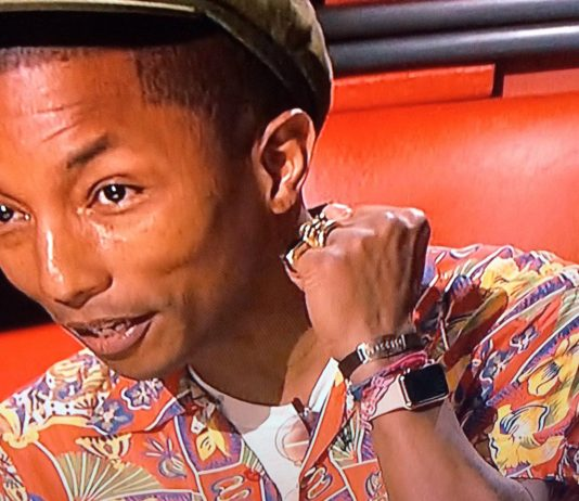 Apple Watch Gold on Pharrell Williams NBC The Voice