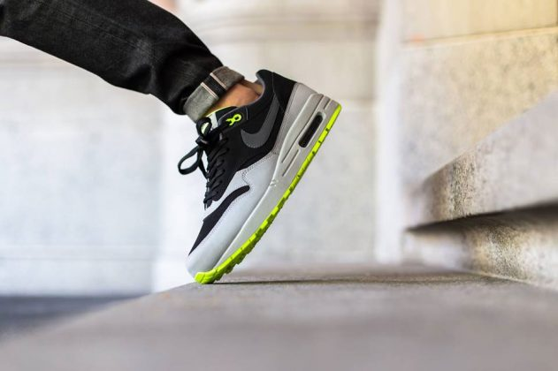 Nike Air Max 1 Leather Black Dark Grey Silver Volt 2015