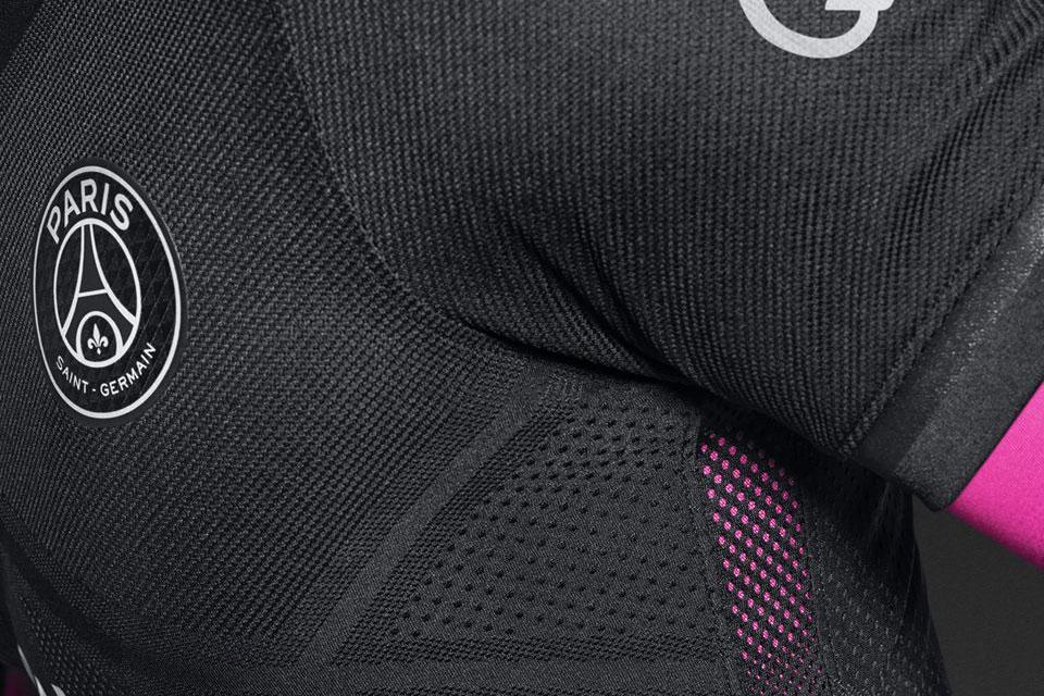 Maillot PSG Nike 'Dark Light' 2015/2016 (Noir/Rose)-2