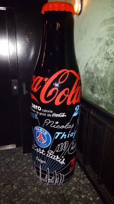 Bouteille Coca-Cola x PSG Soiree de lancement - Bouteille Géante noire