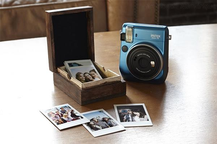 Fujifilm Instax mini 70 Selfie Polaroid