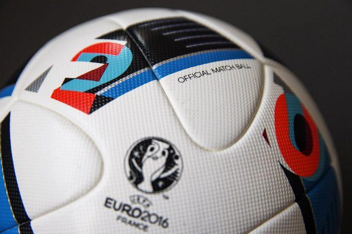 Ballon 'Beau Jeu' Adidas UEFA Euro 2016-6