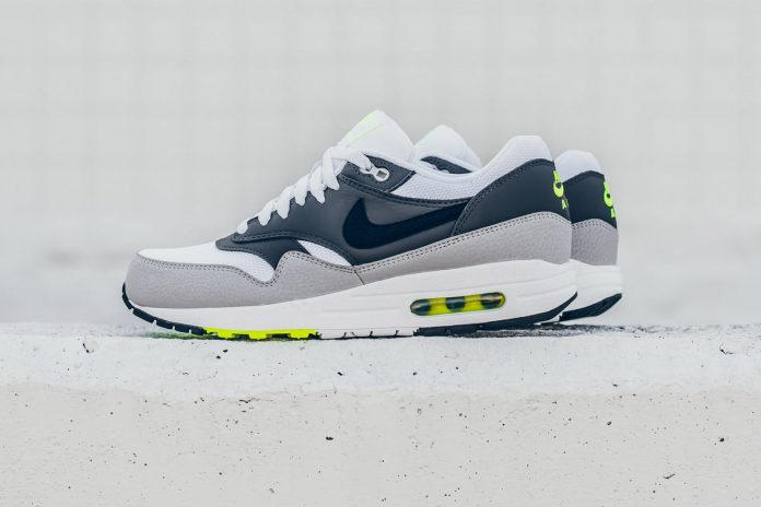 Nike Air Max 1 ESSENTIAL (White/Dark Grey/Volt)