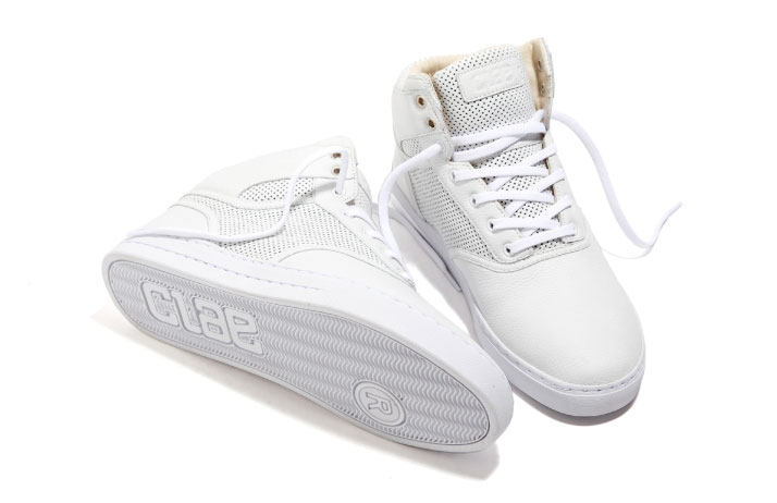 Clae-the-thompson-SS2010