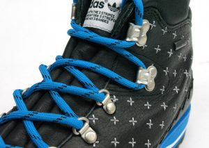 adidas HIKE BOOT BLacK-BLUe