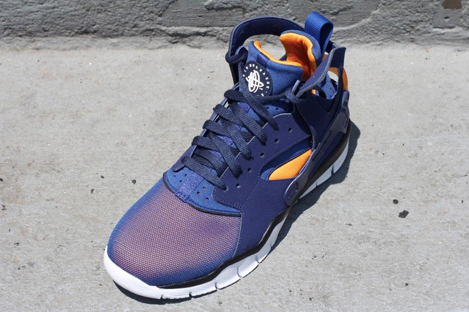 Nike Air Huarache BBall 2012 (Loyal Blue/Vivid Orange)-1