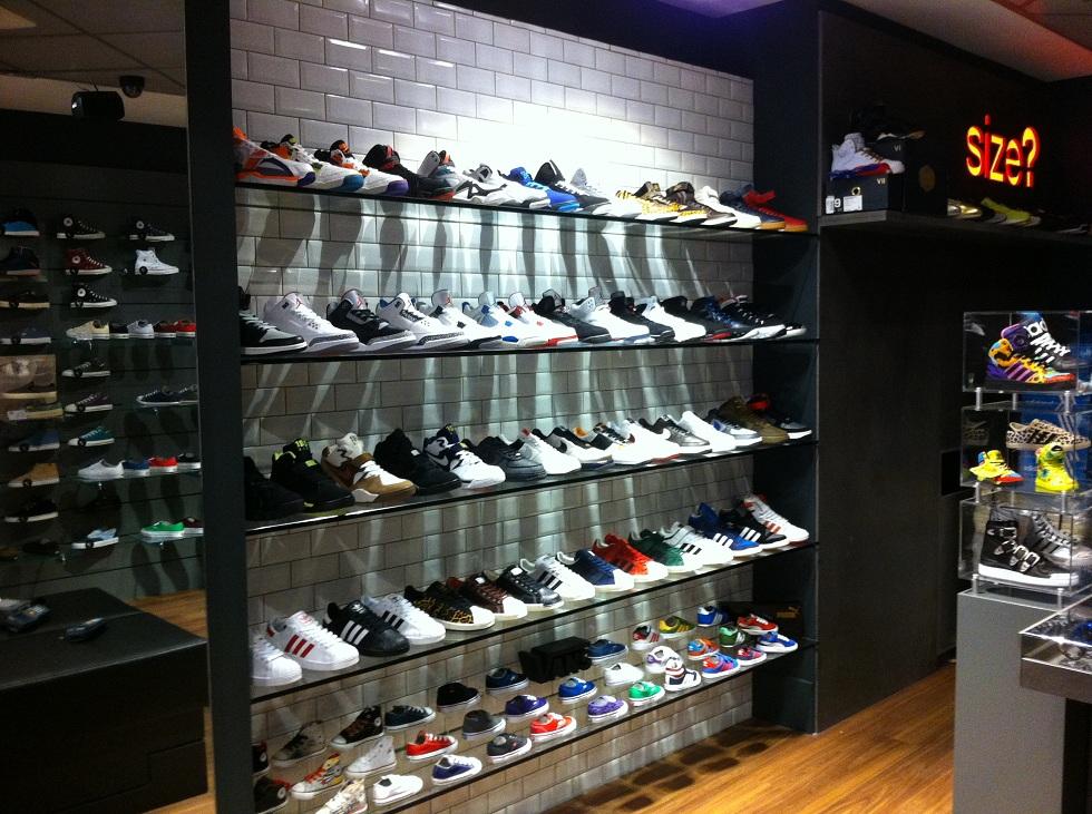 Boutique size Paris Chatelet les Halles 2
