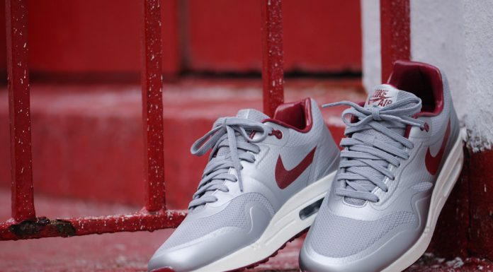 Nike Air Max Hyperfuse QS Night Track (Metallic Silver/Deep Red)-1