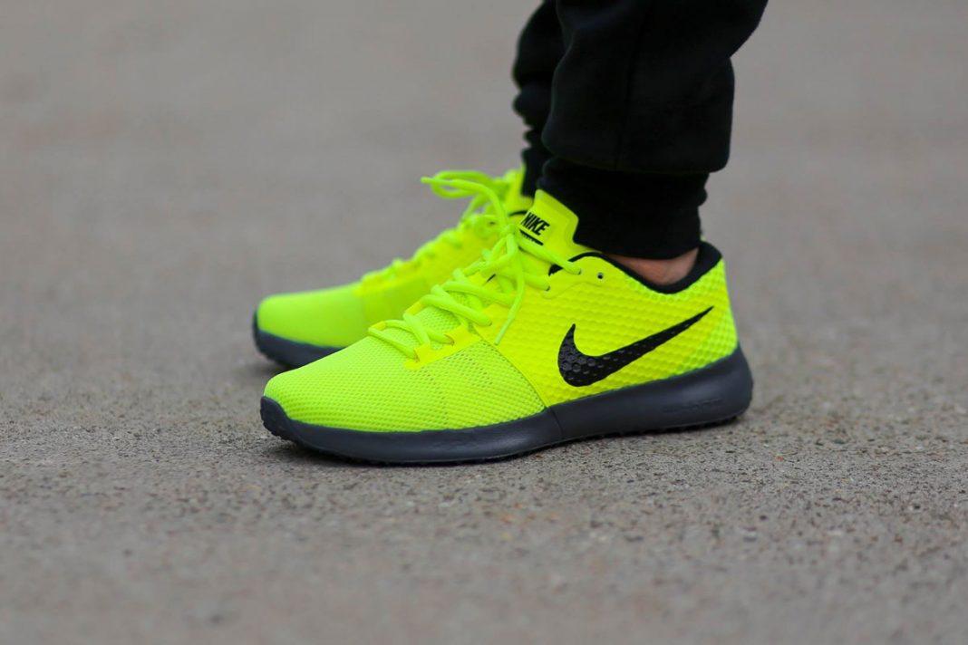 Nike Zoom Speed TR2 'Volt'