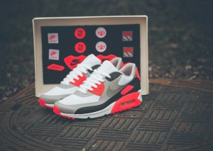 Nike Air Max 90 Infrared 'Patch' Pack