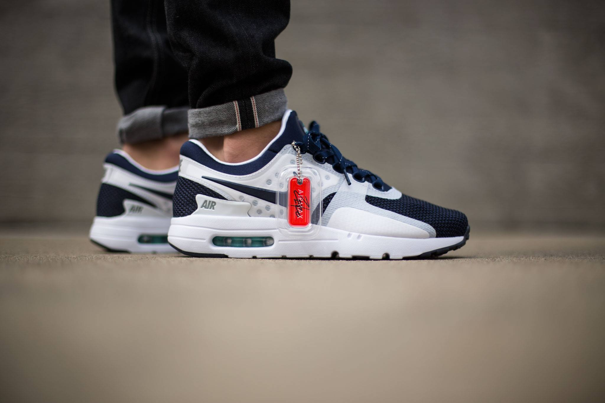 competitive price a228f 01221 Nike Air Max Zero On Feet-1