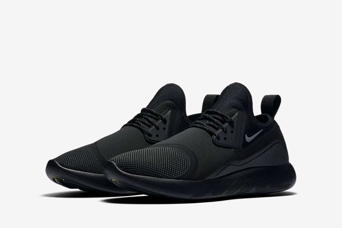 Nike Lunarcharge ESSENTIAL BLACK-1