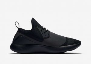 Nike Lunarcharge ESSENTIAL BLACK-3